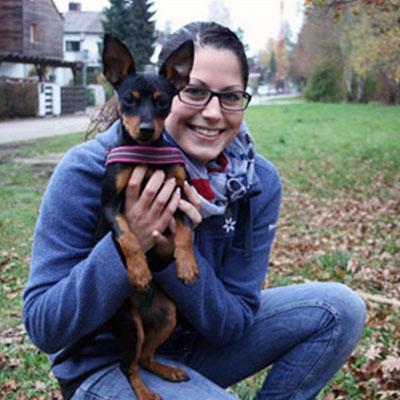 Hunde-Lehrerin Caro mit Bruni
