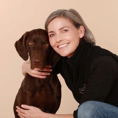 Astrid mit Hund Coffee